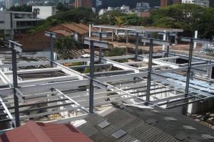 CONSTRUCCIONES Y EDIFICACIONES (17)